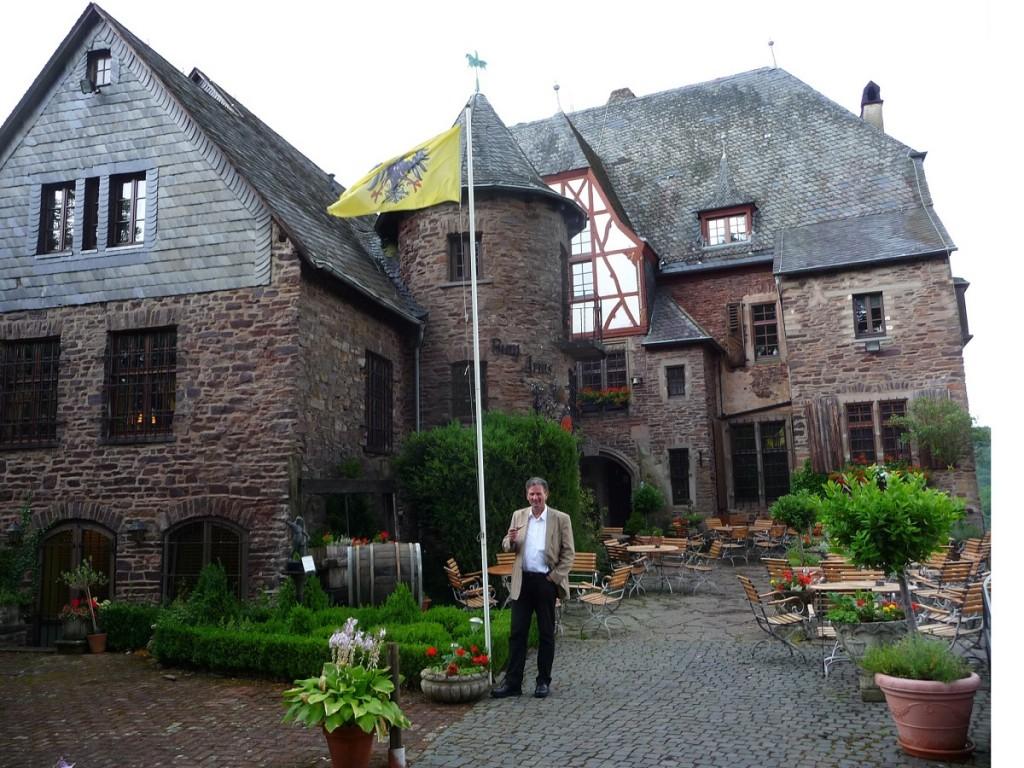 Tipp bei Regen: Ausflug zur Burg Arras