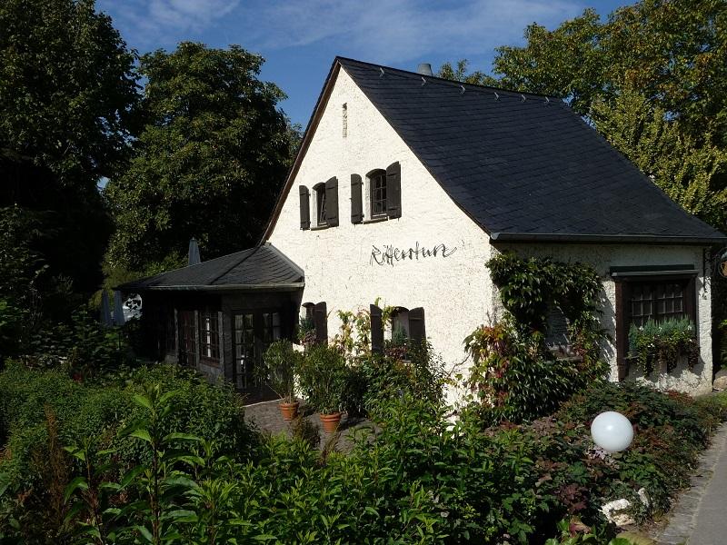 Mitten im Grünen: Das Restaurant Rittersturz in Veldenz