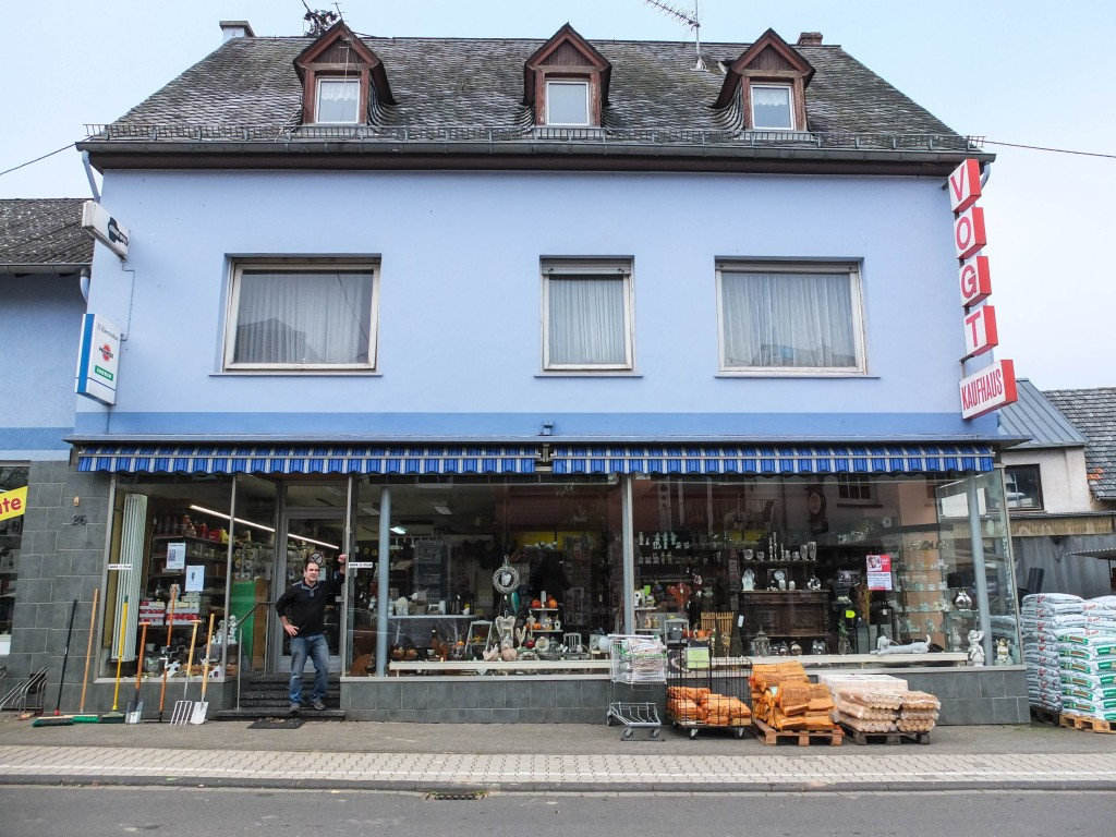 Kaufhaus Vogt in Kinderbeuern.