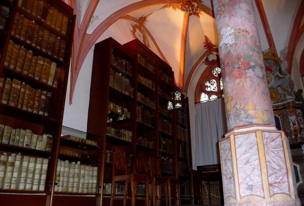 Die Bibliothek im Cusanusstift wurde 1492 gebaut.