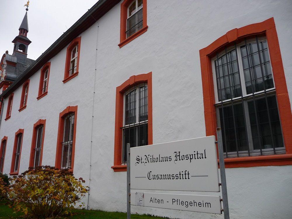St.Nikolaus Hospital, Bernkastel-Kues