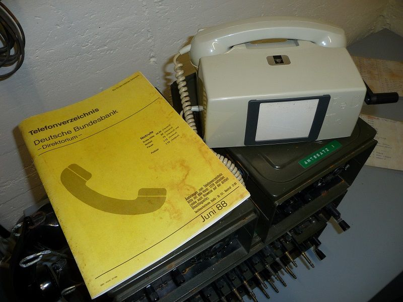 Bundesbank Bunker Cochem, Mosel, Telefonbuch