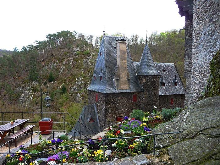 Auf der Burg Eltz