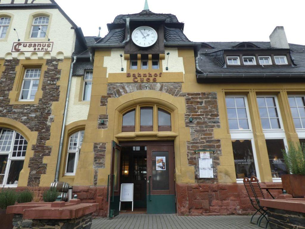 Bernkastel-Kues, Brauhaus, Bahnhof