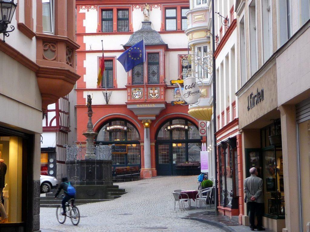 Bernkastel, Marktplatz, Rathaus