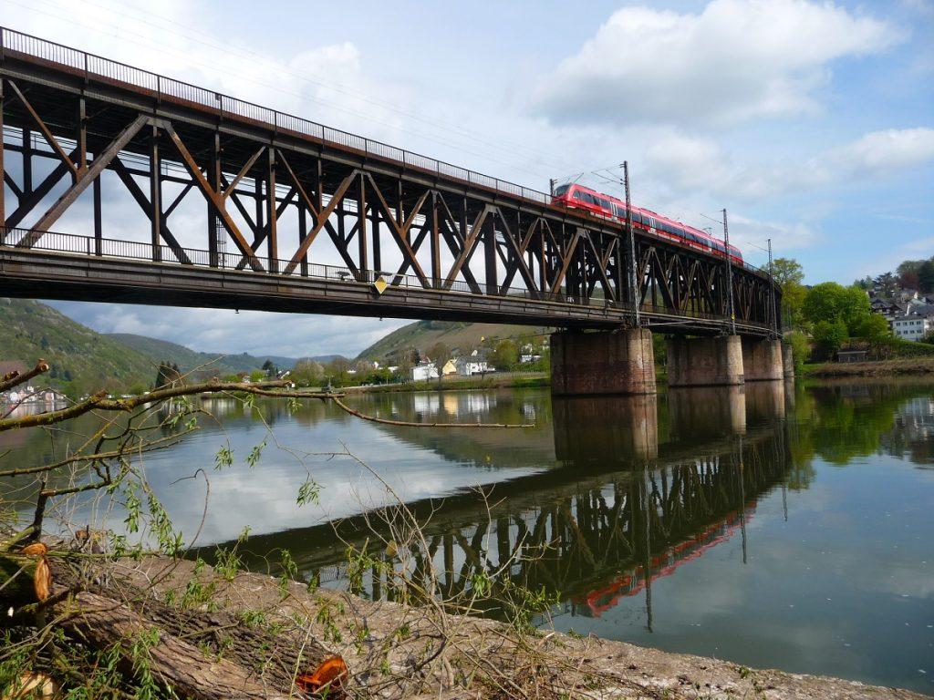 Mosel, Brücken, Doppelstockbrücke