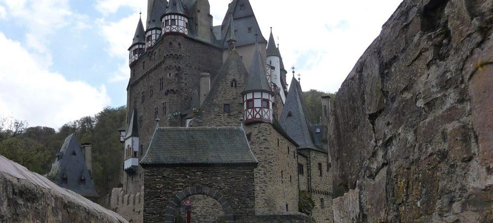 Fabelhafte Burg Eltz: Hier knipsen sich Instagrammer glücklich