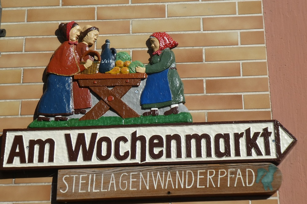 Enkirch, Straßenschild