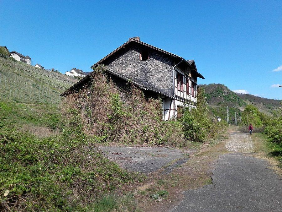Alter Bahnhof Hatzenport, verlassene Orte, Mosel
