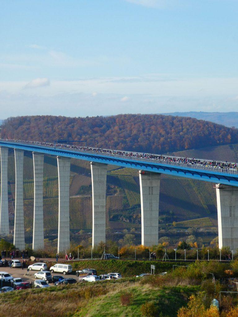 Mosel, Brücke, Bürgerfest.