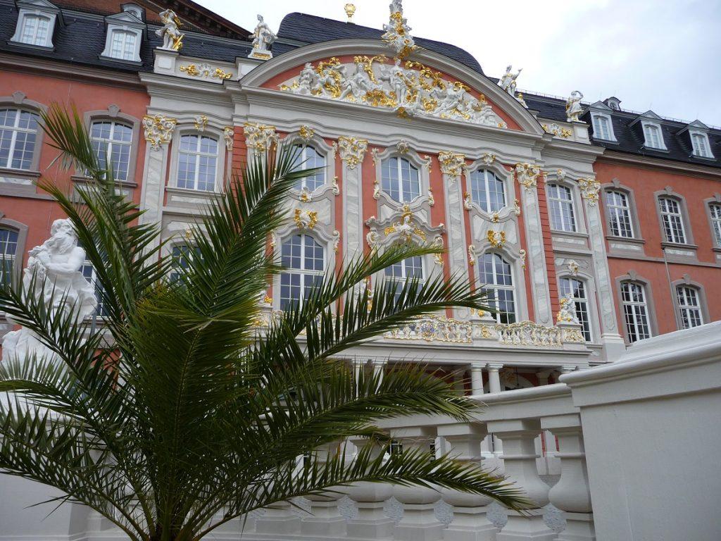 Trier, Sehenswürdigkeiten, Kurfürstliches Palais