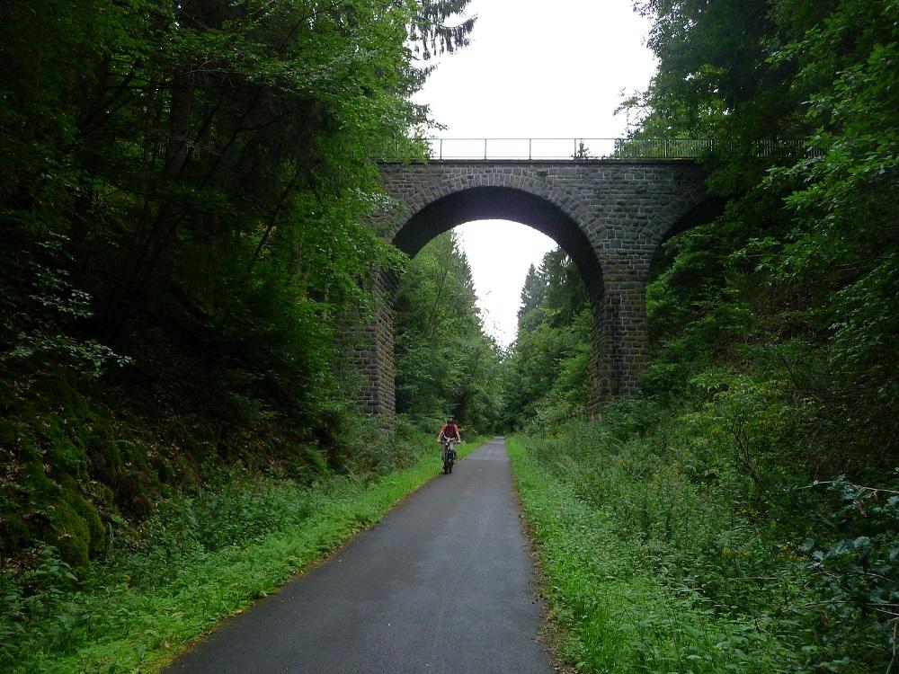 Maare-Mosel-Radweg, Eifel, Brücke
