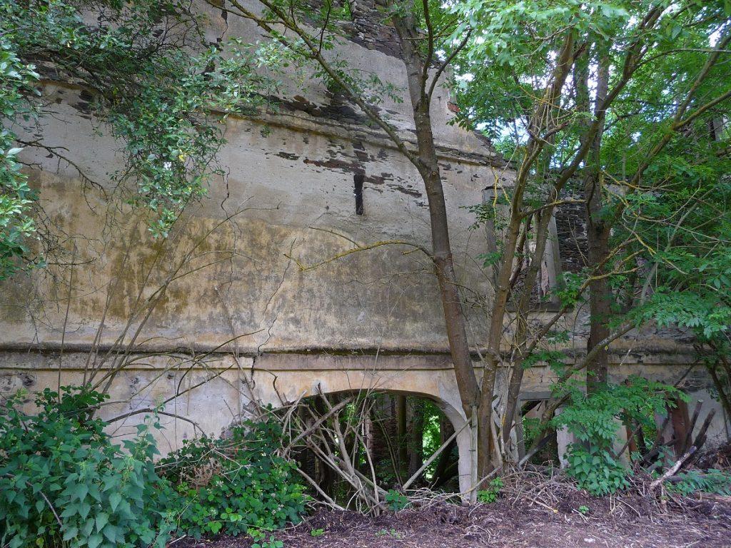 Marienthaler Hof in Zell, verlassene Orte an der Mosel