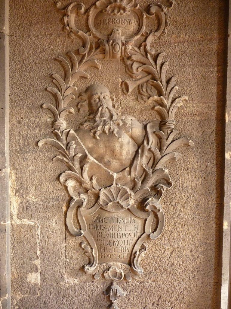 Ein Relief in der Porta Nigra