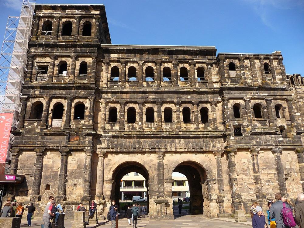 Porta Nigra; Trier