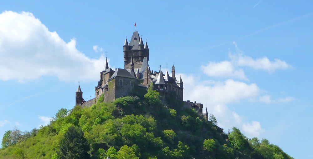 Burgen & Schlösser – Der Mosel-Guide für Auskenner