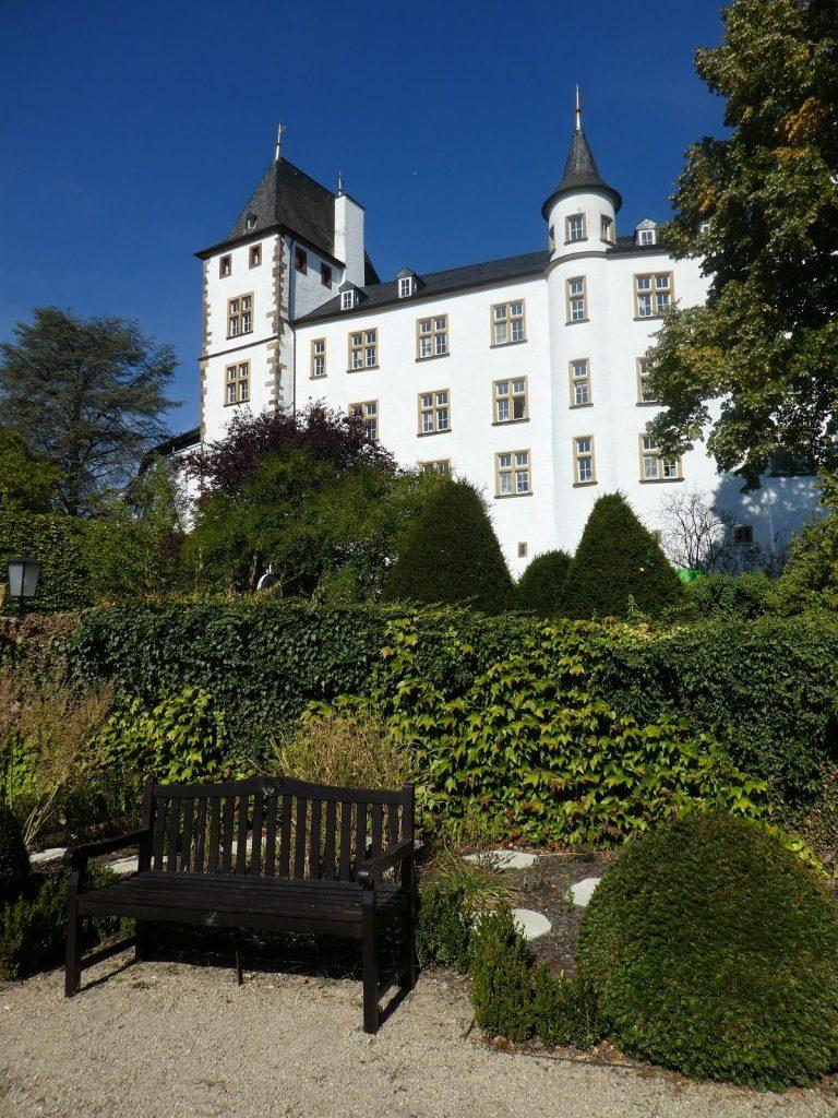 Schloss Berg, Nennig, Garten