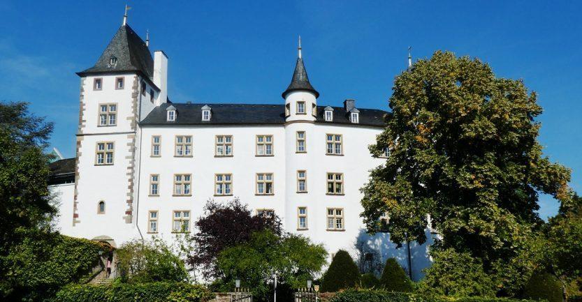 Schloss Berg: Jetons, Sterneküche und ein verlassener Ort