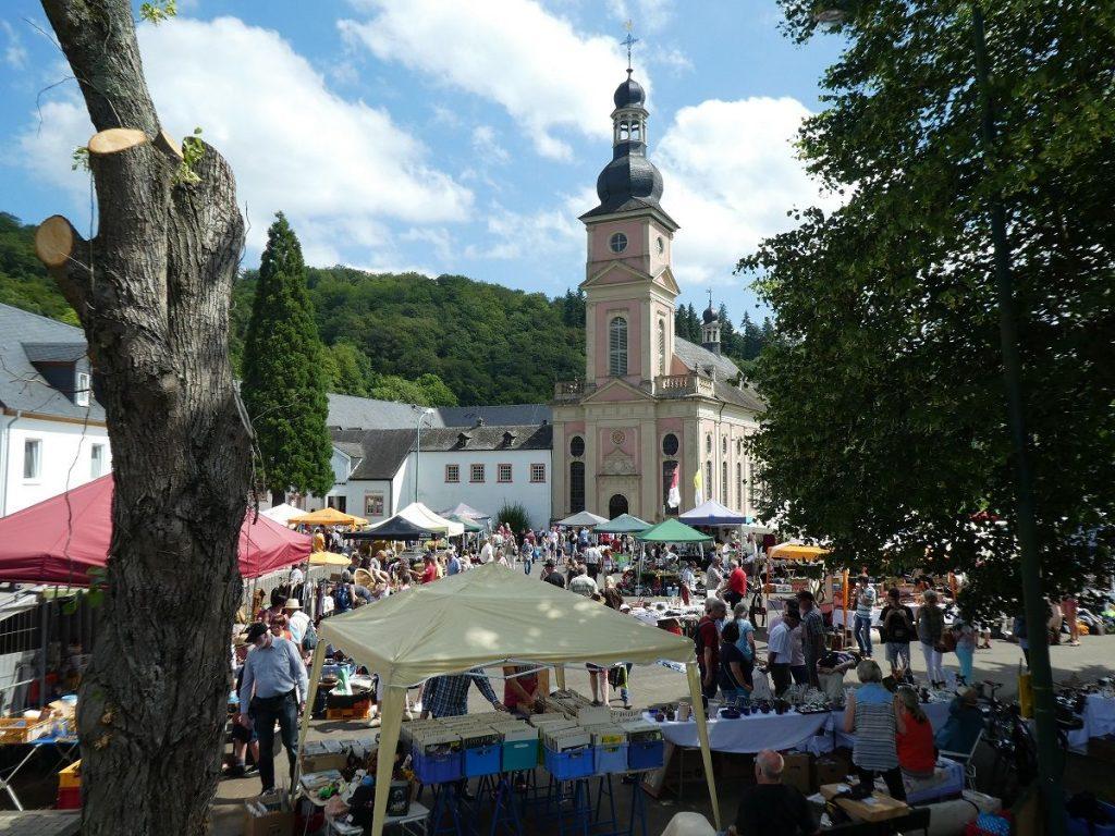 Kloster Springiersbach, Eifel, Flohmarkt