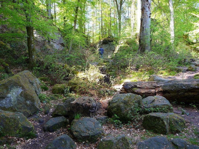 Teufelsschlucht, Eifel, Wandern, Steine