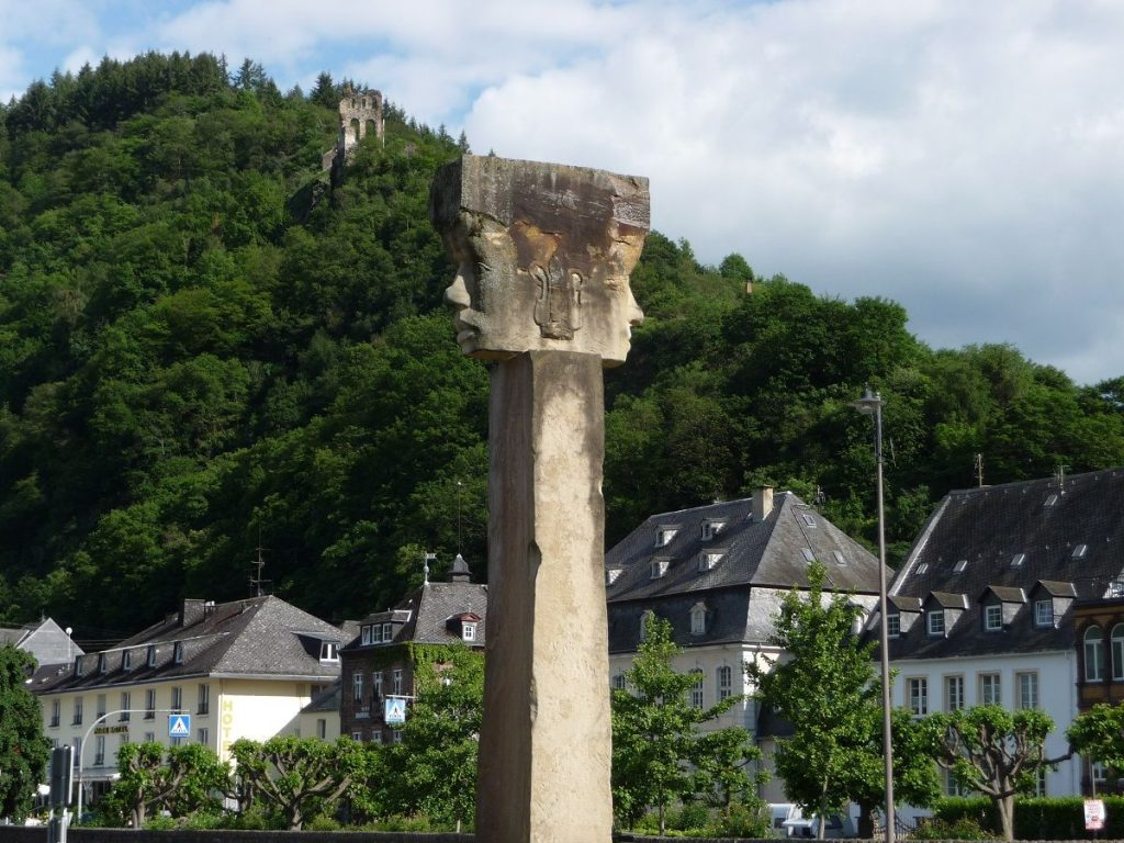 Traben-Trarbach, Kreisel, Skulptur