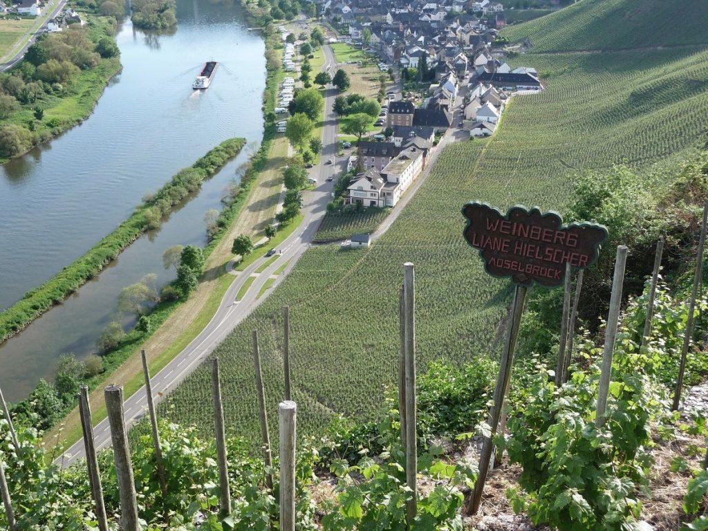 Ürzig, schöne Moselorte, Moselbrück