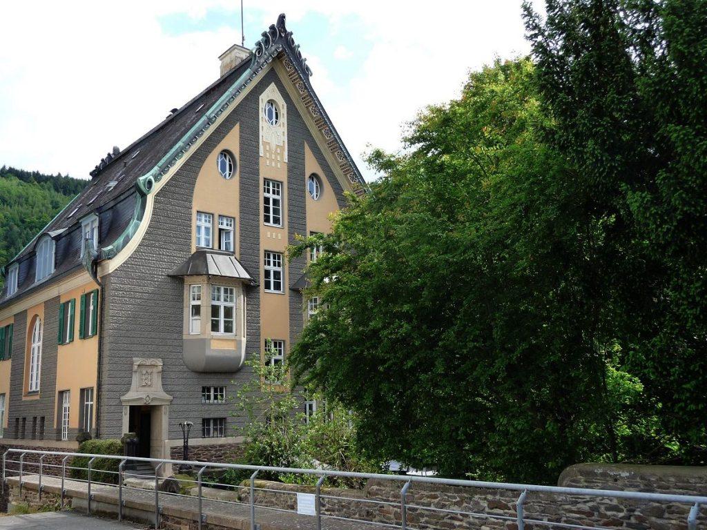 Villa Huesgen, Jugendstil, Traben