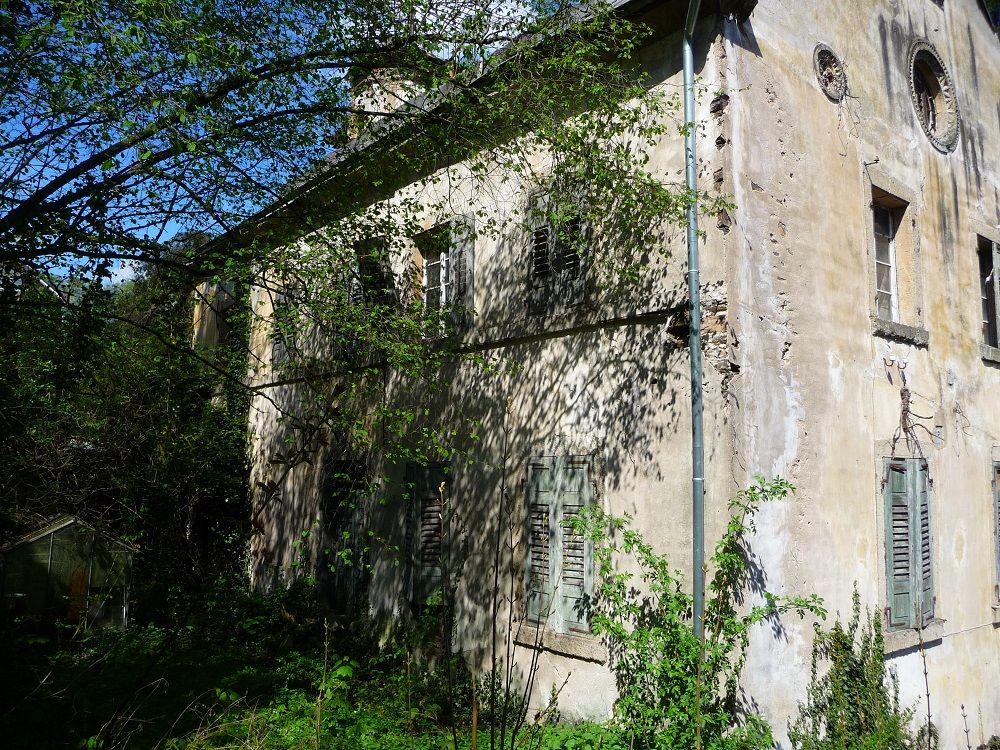 Burg Weckbecker, verlassene Orte, Lehmen